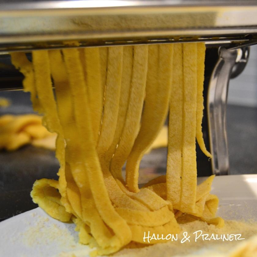 Tosdag egen pasta